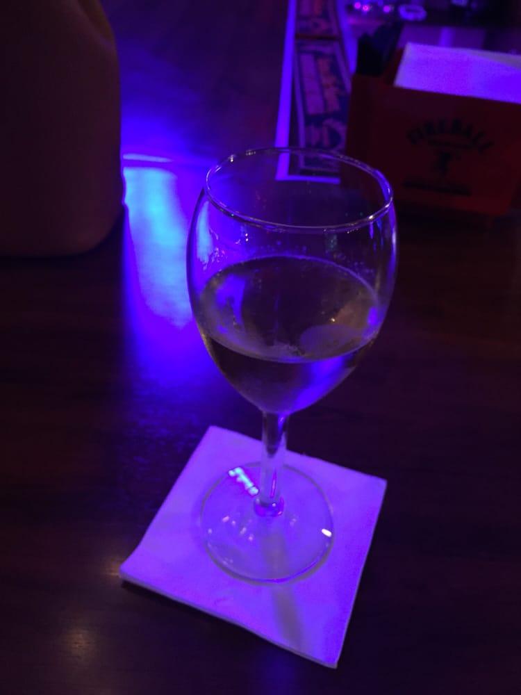 His & Hers Bar & Lounge
