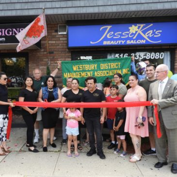 Ribbon Cutting – Jessika's Salon